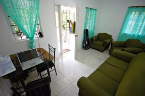 living-room-02b