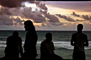 silhouette-01b